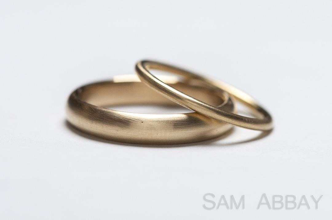 Simple bands new york wedding ring for Wedding rings and bands